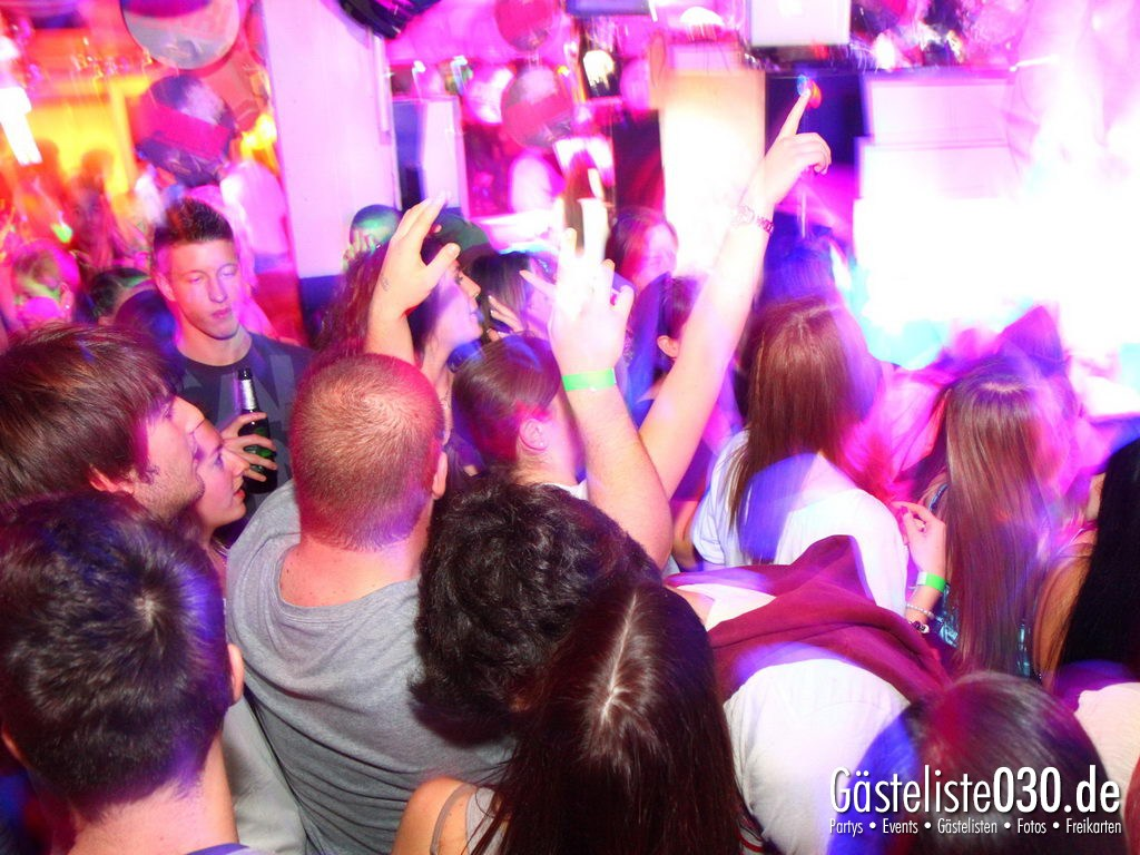 Partyfoto #51 Q-Dorf 09.03.2012 Pink!