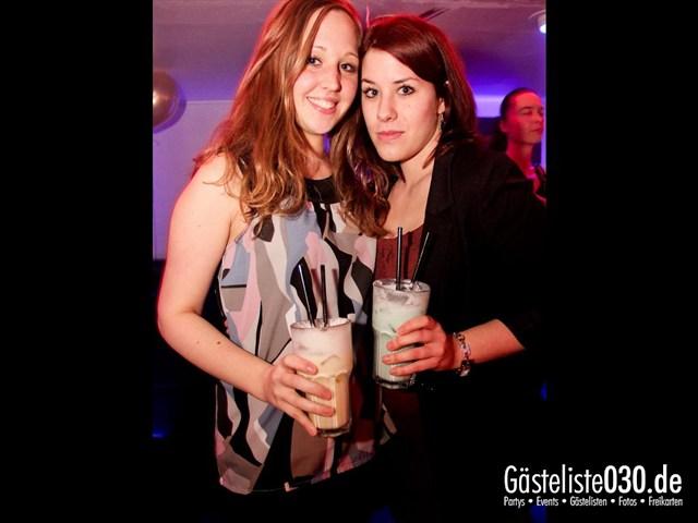 https://www.gaesteliste030.de/Partyfoto #92 Maxxim Berlin vom 06.01.2012