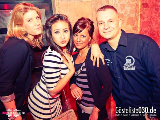 https://www.gaesteliste030.de/Partyfoto #176 China Lounge Berlin vom 16.12.2011