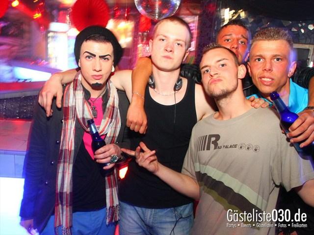https://www.gaesteliste030.de/Partyfoto #124 Q-Dorf Berlin vom 09.05.2012