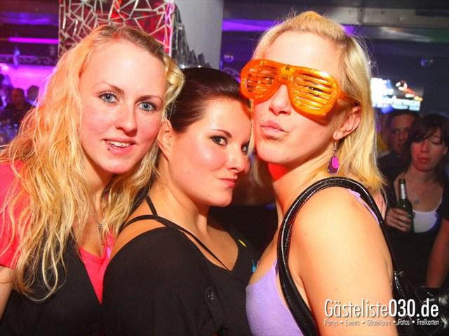 https://www.gaesteliste030.de/Partyfoto #163 Q-Dorf Berlin vom 10.12.2011