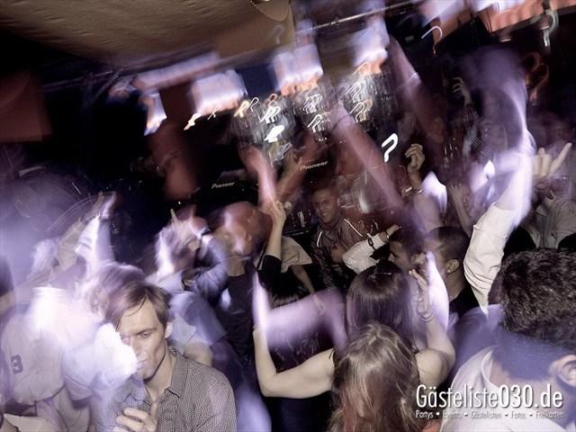 https://www.gaesteliste030.de/Partyfoto #88 Maxxim Berlin vom 19.12.2011