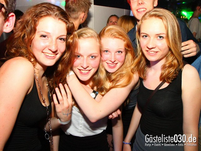 https://www.gaesteliste030.de/Partyfoto #82 Q-Dorf Berlin vom 02.05.2012