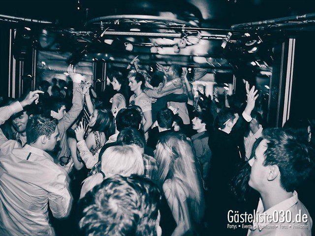 https://www.gaesteliste030.de/Partyfoto #102 Maxxim Berlin vom 16.12.2011