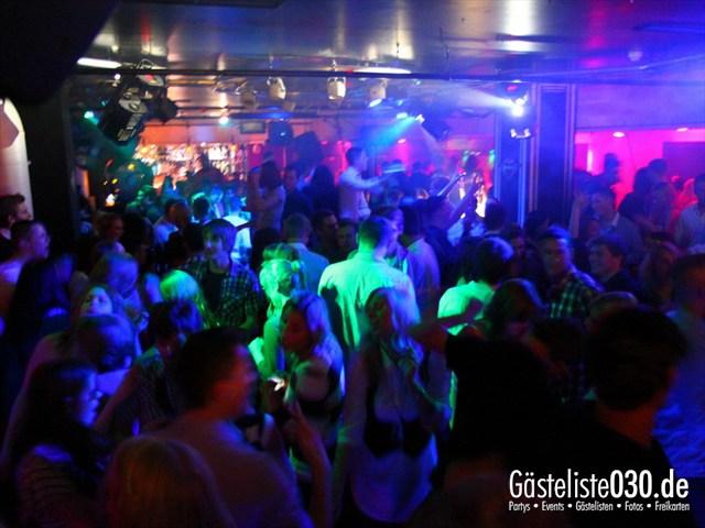 https://www.gaesteliste030.de/Partyfoto #76 Maxxim Berlin vom 22.12.2011