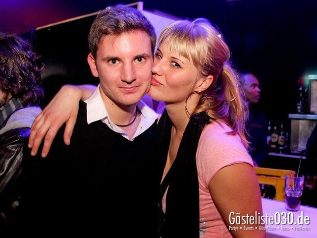 https://www.gaesteliste030.de/Partyfoto #21 Maxxim Berlin vom 09.12.2011