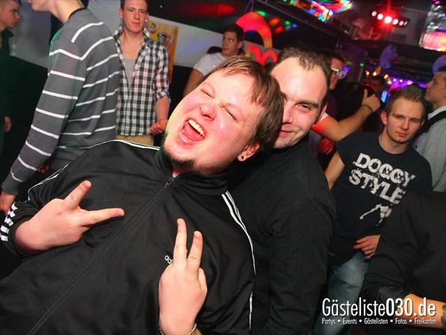 https://www.gaesteliste030.de/Partyfoto #173 Q-Dorf Berlin vom 16.12.2011