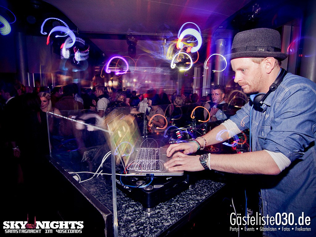 Partyfoto #50 40seconds 17.03.2012 SkyNights - Samstag-Nacht