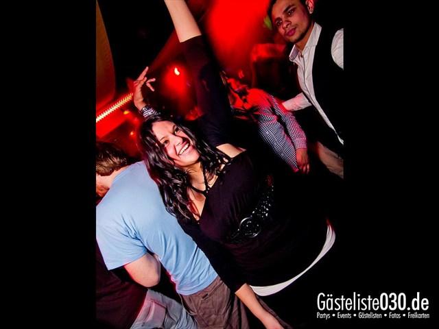 https://www.gaesteliste030.de/Partyfoto #90 Maxxim Berlin vom 19.12.2011