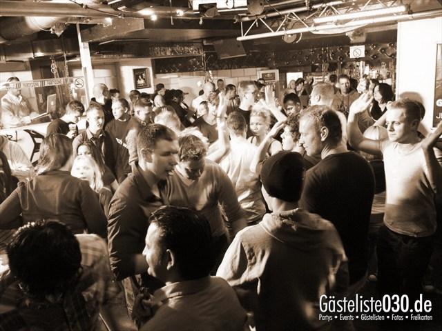 https://www.gaesteliste030.de/Partyfoto #29 Q-Dorf Berlin vom 04.01.2012