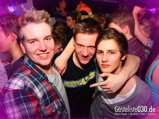 https://www.gaesteliste030.de/Partyfoto #194 Q-Dorf Berlin vom 01.02.2012