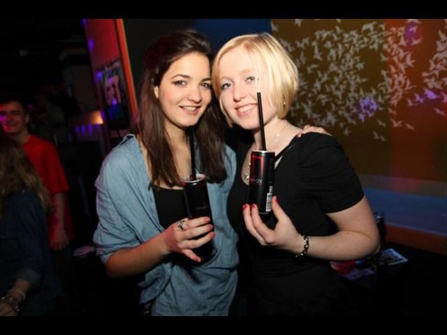 https://www.gaesteliste030.de/Partyfoto #28 Club R8 Berlin vom 09.12.2011