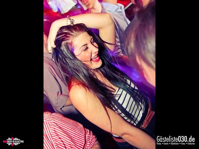 https://www.gaesteliste030.de/Partyfoto #171 China Lounge Berlin vom 16.12.2011