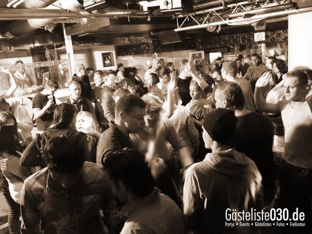https://www.gaesteliste030.de/Partyfoto #9 Q-Dorf Berlin vom 04.01.2012