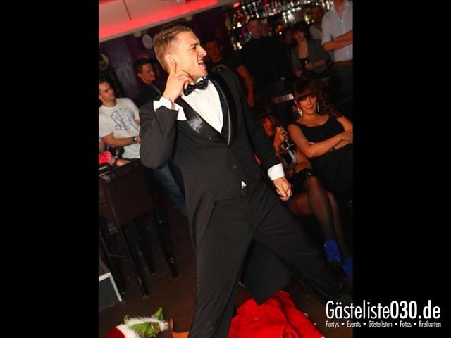 https://www.gaesteliste030.de/Partyfoto #9 Maxxim Berlin vom 24.12.2011
