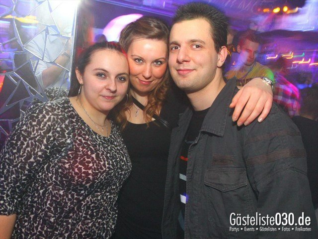 https://www.gaesteliste030.de/Partyfoto #21 Q-Dorf Berlin vom 09.12.2011