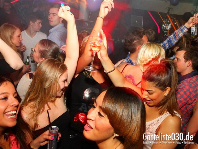 https://www.gaesteliste030.de/Partyfoto #97 Maxxim Berlin vom 02.04.2012