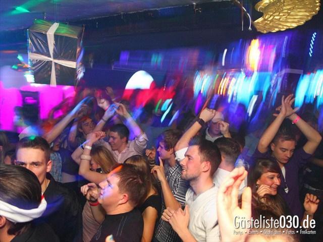 https://www.gaesteliste030.de/Partyfoto #120 Q-Dorf Berlin vom 23.12.2011