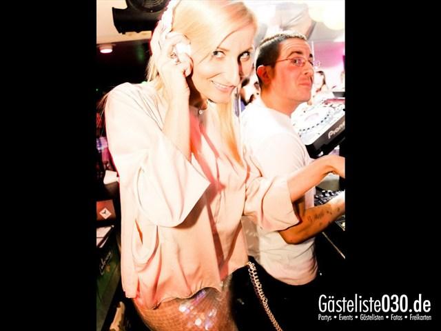 https://www.gaesteliste030.de/Partyfoto #71 Maxxim Berlin vom 09.12.2011