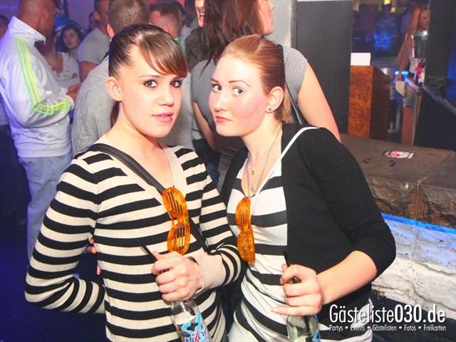 https://www.gaesteliste030.de/Partyfoto #171 Q-Dorf Berlin vom 23.12.2011
