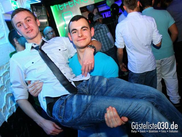 https://www.gaesteliste030.de/Partyfoto #186 Q-Dorf Berlin vom 21.01.2012
