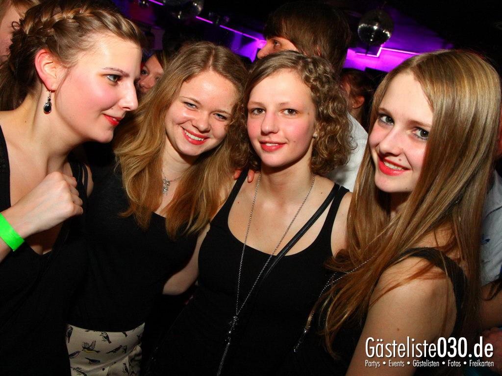 Partyfoto #49 Q-Dorf 16.03.2012 Pink!
