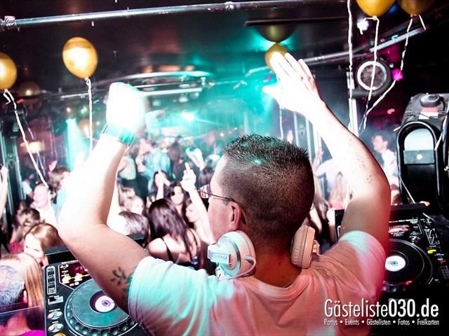 https://www.gaesteliste030.de/Partyfoto #86 Maxxim Berlin vom 09.12.2011