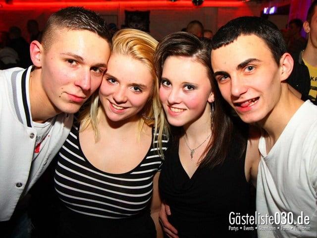 https://www.gaesteliste030.de/Partyfoto #212 Q-Dorf Berlin vom 14.01.2012