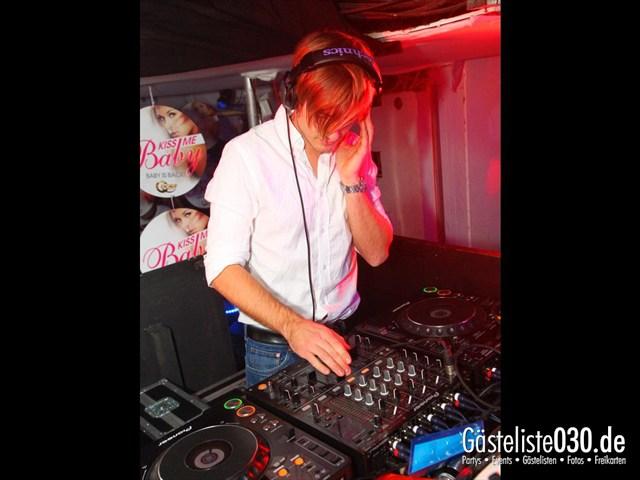https://www.gaesteliste030.de/Partyfoto #83 Q-Dorf Berlin vom 09.12.2011