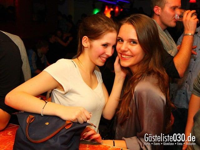 https://www.gaesteliste030.de/Partyfoto #77 Q-Dorf Berlin vom 28.12.2011