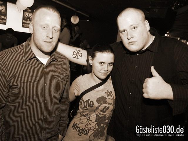 https://www.gaesteliste030.de/Partyfoto #14 Q-Dorf Berlin vom 04.01.2012