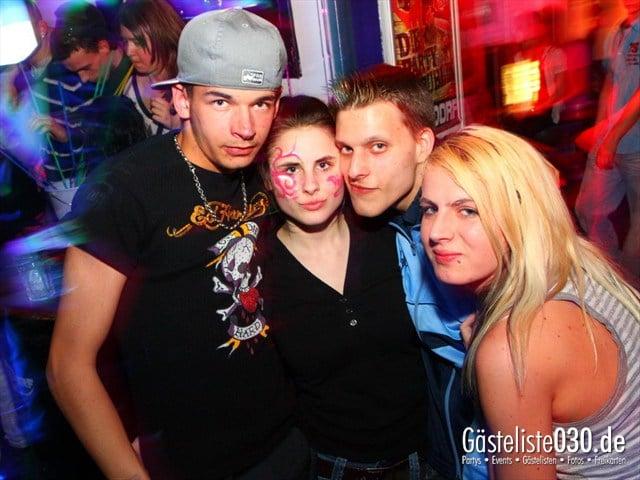 https://www.gaesteliste030.de/Partyfoto #122 Q-Dorf Berlin vom 04.05.2012