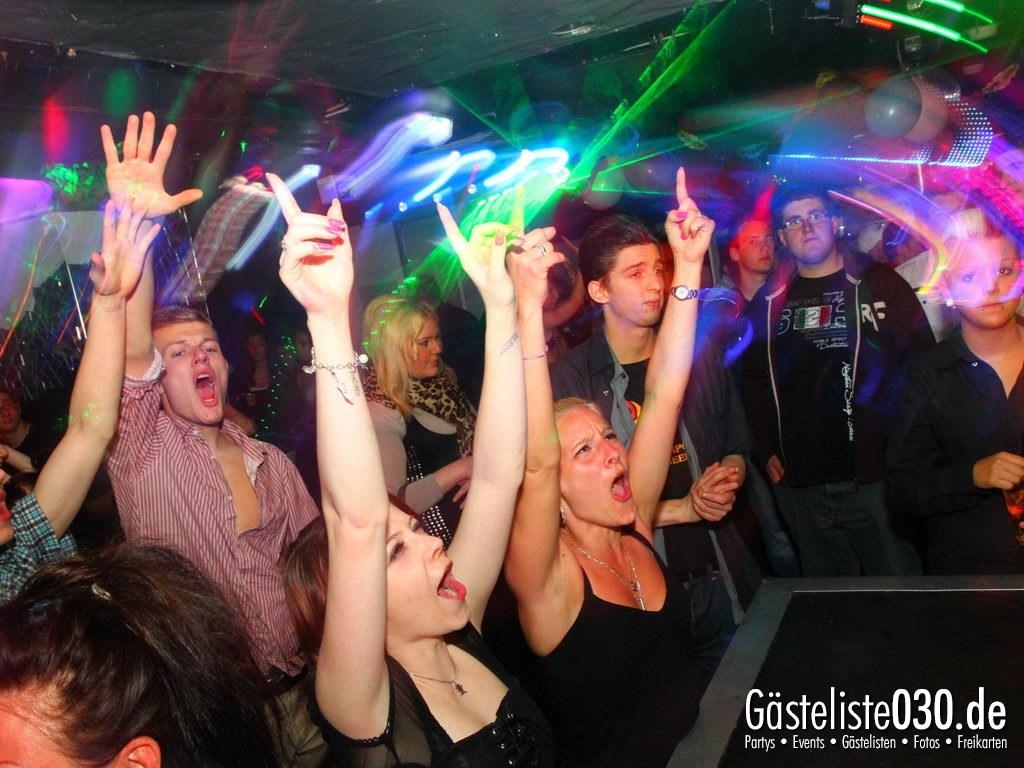 Partyfoto #76 Q-Dorf 30.04.2012 Tanz in den Mai !!