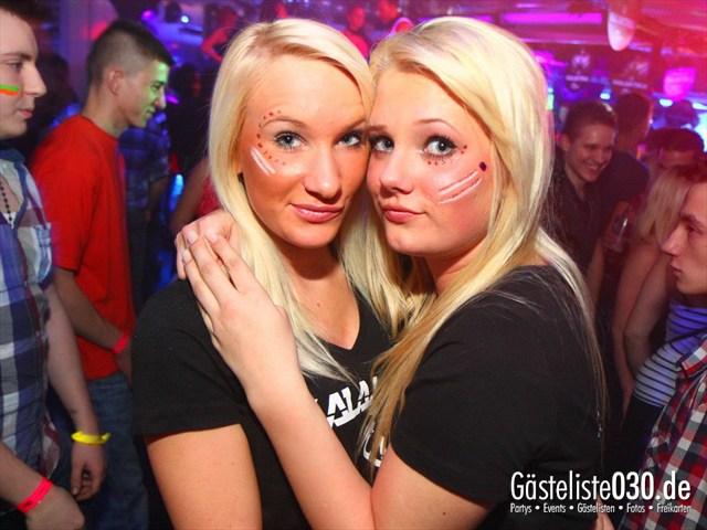 https://www.gaesteliste030.de/Partyfoto #27 Q-Dorf Berlin vom 10.12.2011