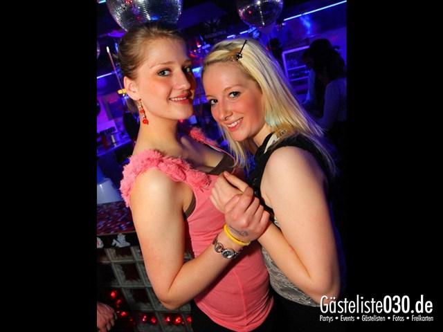 https://www.gaesteliste030.de/Partyfoto #197 Q-Dorf Berlin vom 10.12.2011