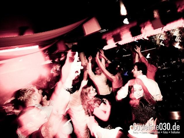 https://www.gaesteliste030.de/Partyfoto #128 Maxxim Berlin vom 19.12.2011