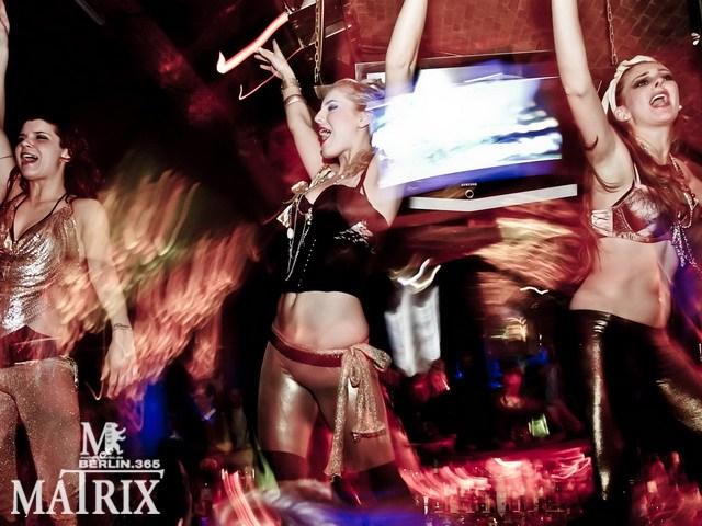 Partyfoto #76 Matrix 11.02.2011 Fruity!