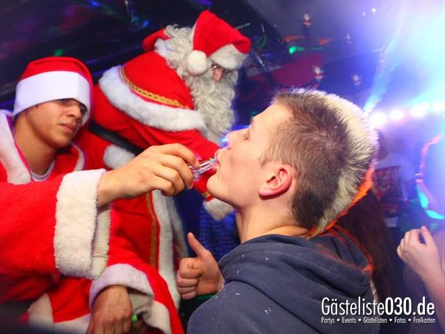 https://www.gaesteliste030.de/Partyfoto #96 Q-Dorf Berlin vom 25.12.2011