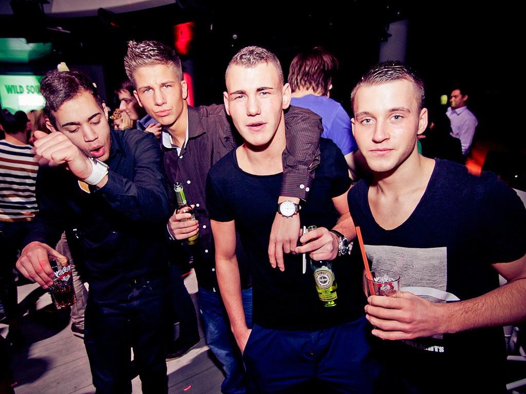 Partyfoto #48 E4 27.01.2012 E4 präsentiert die Maskenparty