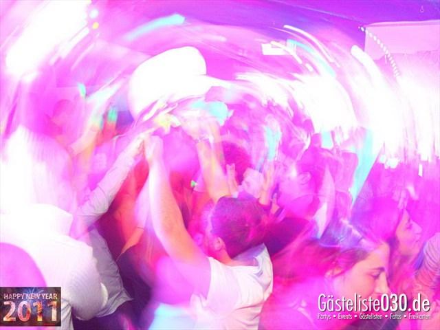 https://www.gaesteliste030.de/Partyfoto #127 Q-Dorf Berlin vom 31.12.2011