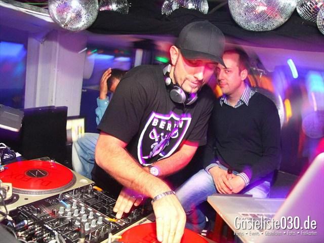 https://www.gaesteliste030.de/Partyfoto #138 Q-Dorf Berlin vom 16.12.2011