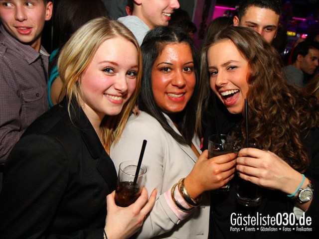 Partypics Q-Dorf 16.03.2012 Pink!