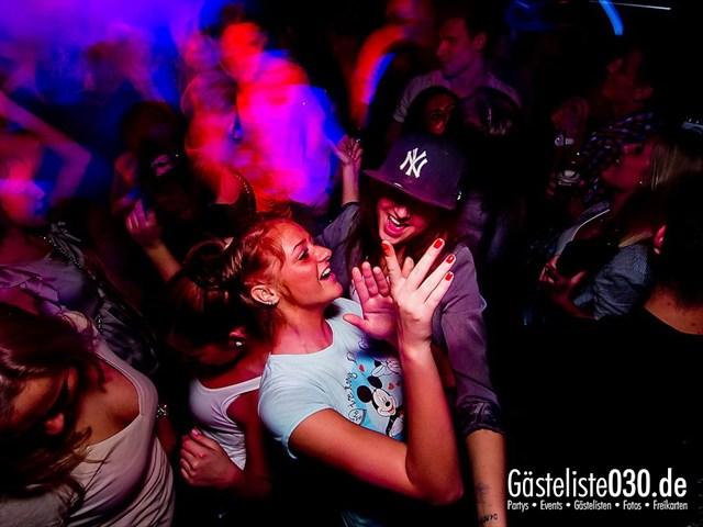 https://www.gaesteliste030.de/Partyfoto #2 Maxxim Berlin vom 02.01.2012