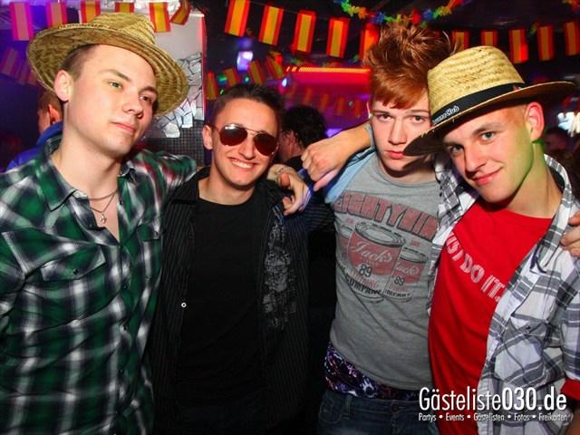 https://www.gaesteliste030.de/Partyfoto #99 Q-Dorf Berlin vom 08.04.2012