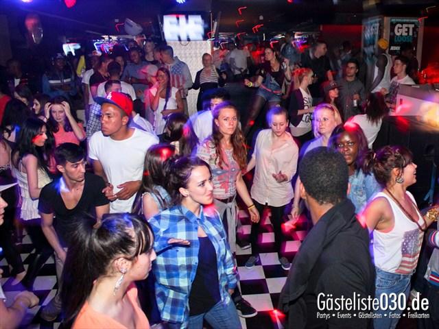 https://www.gaesteliste030.de/Partyfoto #29 Club R8 Berlin vom 21.04.2012
