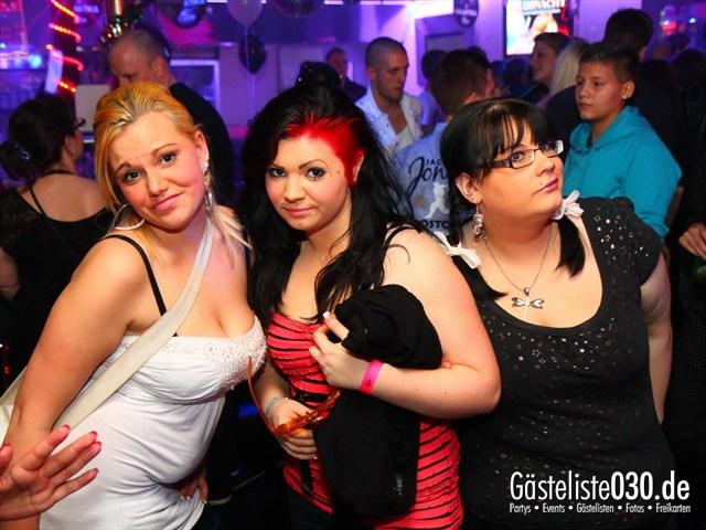 https://www.gaesteliste030.de/Partyfoto #105 Q-Dorf Berlin vom 10.12.2011