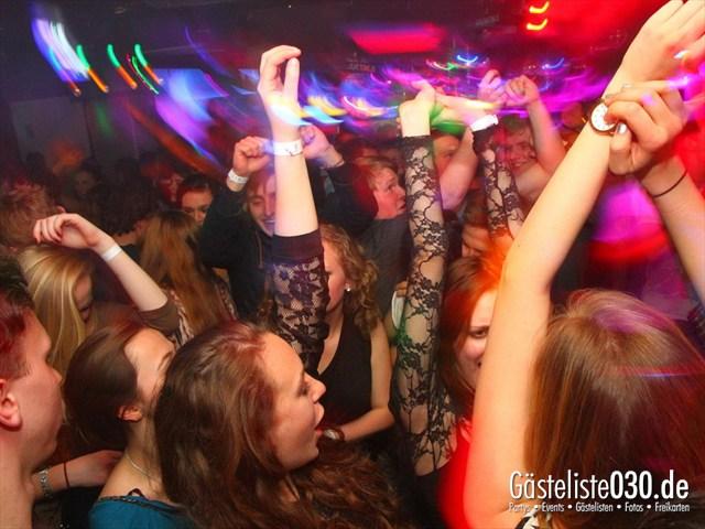 https://www.gaesteliste030.de/Partyfoto #127 Q-Dorf Berlin vom 04.04.2012