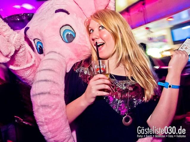 https://www.gaesteliste030.de/Partyfoto #28 Maxxim Berlin vom 10.12.2011