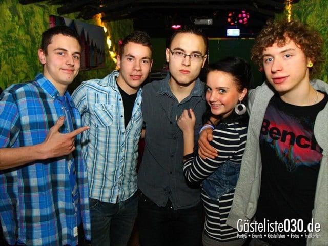 https://www.gaesteliste030.de/Partyfoto #215 Q-Dorf Berlin vom 28.12.2011