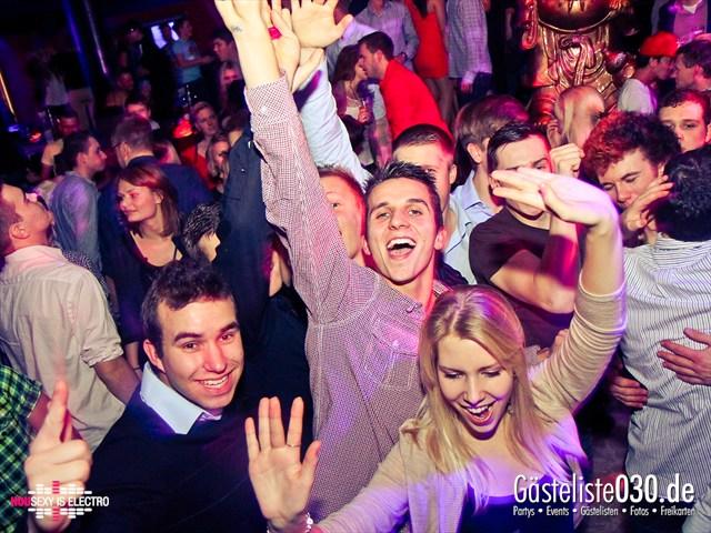 https://www.gaesteliste030.de/Partyfoto #120 China Lounge Berlin vom 16.12.2011